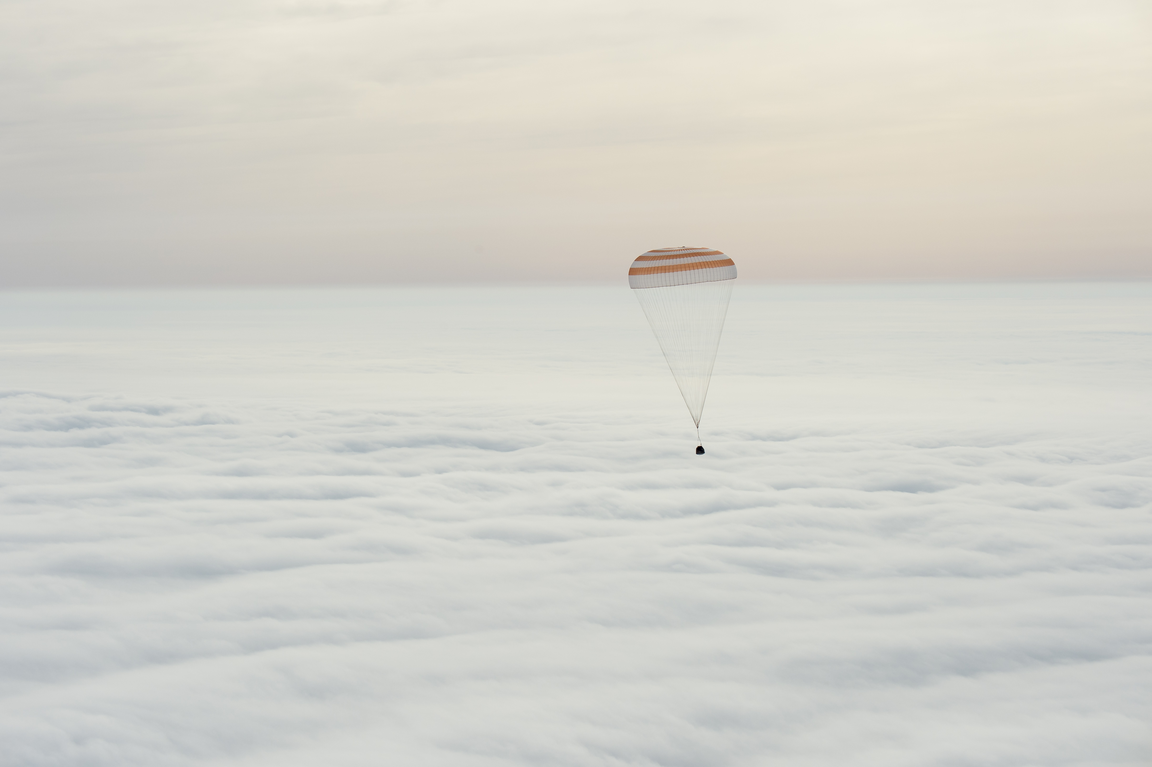 astronaut cosmonaut return after 340 day stay on space station
