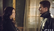 Katrina Law as Nyssa al Ghul and Stephen Amell as Oliver Queen. Photo Credit: Cate Cameron/The CW.