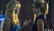 Charlotte Ross as Donna Smoak and Emily Bett Rickards as Felicity Smoak. Photo Credit: Cate Cameron/The CW