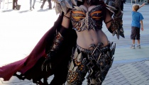 Jessica Nigri shows off her fantastic Deathwing costume.
