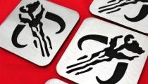 Mandalorian crest coasters, by Apocalypse Fabrication on Etsy.