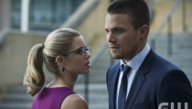 Emily Bett Rickards as Felicity Smoak and Stephen Amell as Oliver Queen. Photo: Cate Cameron/The CW.