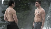 Matt Nable as Ra's al Ghul and Stephen Amell as Oliver Queen. Photo Credit: Cate Cameron/The CW